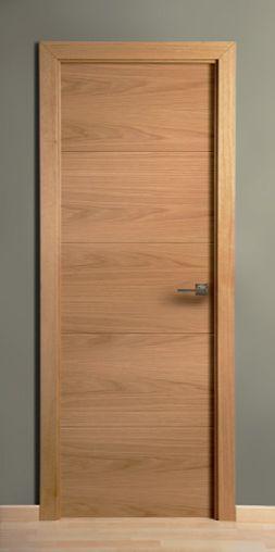 Puerta de madera cuatro ranuras