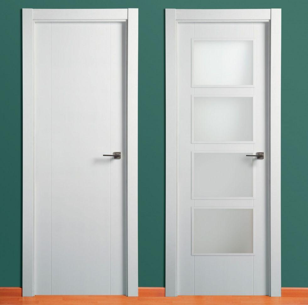 Puerta lacada dos ranuras verticales