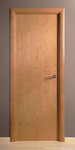 Puerta de madera maciza lisa cerezo