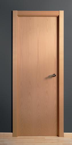 Puerta de madera maciza lisa haya