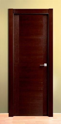 Puerta de madera chapa través wengué