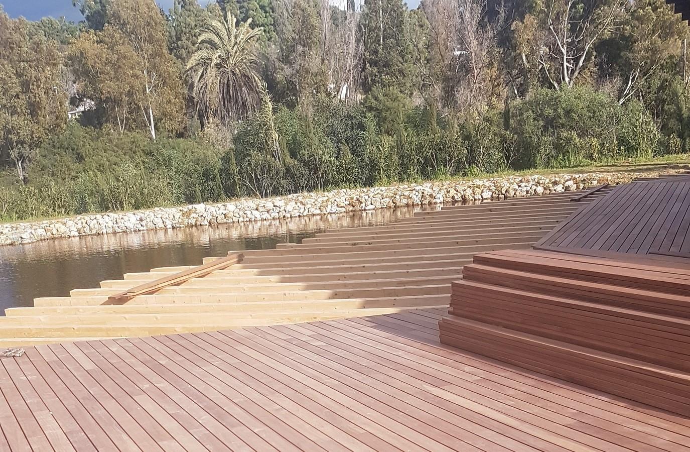 Proyectos Más Madera: Instalación madera de Teca en un embarcadero en Málaga