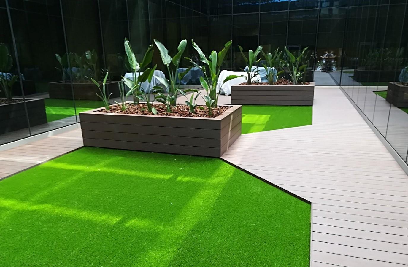 Proyectos Más Madera:  Instalación de tarima hueca Timberstep oficinas en Madrid